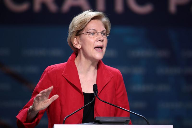 Elizabeth Warren Investigates Private Prison Profits